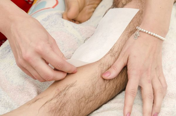 male-leg-waxing